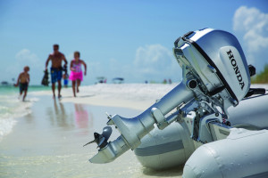 honda-bf4-beach-01
